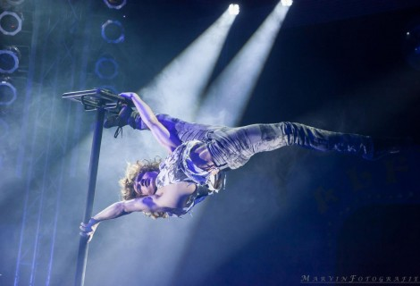 Getting Happy, Pole & Handstand act